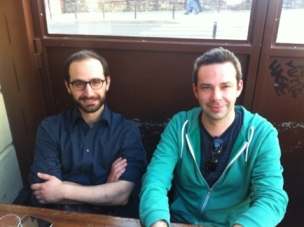 O Ραζμίγκ Κεσεγιάν (αριστερά) και ο Νικολά Βιεγεκάζ (δεξιά)