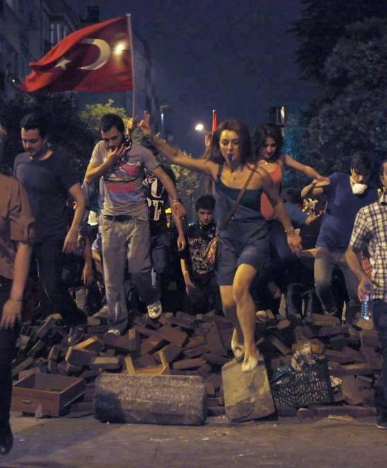 Les derniers nouvelles sur la situation a İstanbul et dans le reste de la Turquie sont sur İstanbul Guide Net