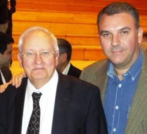 Ο Γιάννης Σταυρακάκης με τον Ερνέστο Λακλάου, στο San Juan της Αργεντινής  (2010), όπου ο δεύτερος είχε αναγορευθεί επίτιμος διδάκτορας.