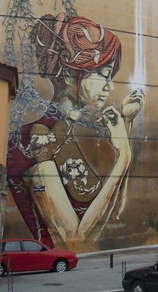 Θεσσαλονίκη, 2011.  Έργο των καλλιτεχνών δρόμου  DAL and Faith47. Φωτογραφία της Αlyssa Anda (www.mymodernmet.com)