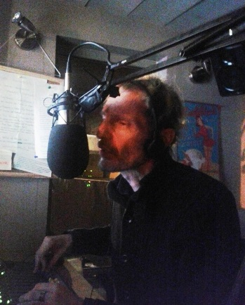 O Πάνος Οικονόμου, στην τελευταία του εκπομπή στο radiobubble