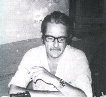 Ο Κώστας Αξελός (Λίζα Σκουζέ-Πετρίδη, «Κουβεντιάζοντας με ανθρώπους που ση- μάδεψαν τη ζωή μου», Ερμής, Αθήνα 1993)
