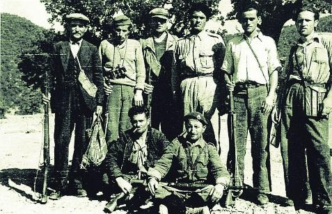 Εξοπλισμένοι εθνικόφρονες χωρικοί (Διεύθυνση Ιστορίας Στρατού)