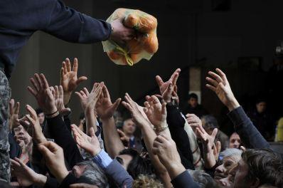 Λουίζα Γκουλιαμάκη, «Διαμαρτυρία αγροτών ενάντια στο υψηλό κόστος παραγωγής», Αθήνα 6.2.2013 (από τη σειρά Greek Crisis).