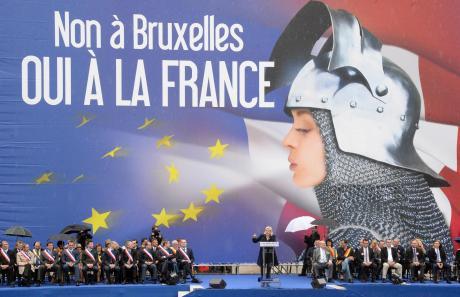«Όχι στις Βρυξέλλες, ναι στη Γαλλία»