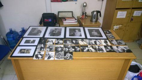 Οι κατασχεμένες από την αστυνομία της Κύπρου, φωτογραφίες, στην έκθεση της Πάολας Ρεβενιώτη, που  είχε οργανώσει η Accept-ΛΟΑΤ Κύπρου (πηγή φωτογραφίας: www.in.gr)