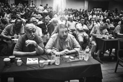 Από τη συνεδρίαση της Κ.Ε. του ΣΥΡΙΖΑ, σινέ Κεραμεικός, 30.7.2015. Φωτογραφία του Άγγελου Καλοδούκα