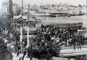 Μυτιλήνη, Σεπτέμβριος 1922, πρόσφυγες στο λιμάνι