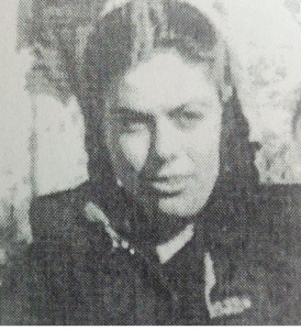 Η αντάρτισσα Ηλέκτρα (Νίτσα Παπαγιαννάκη) (Η φωτογραφία από το βιβλίο του Νίκου και της Αργυρώς Κοκοβλή, «Άλλος δρόμος δεν υπήρχε. Αντίσταση Εμφύλιος Προσφυγιά», Πολύτυπο 2002
