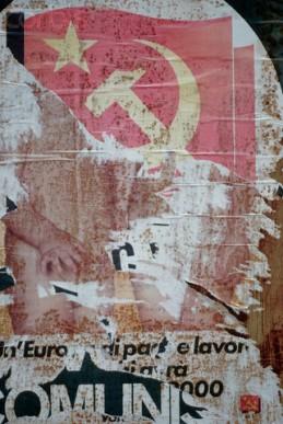 Σπαραγμάτα αφίσας στην Καράρα. Φωτογραφία του Gary Braasch/CORBIS