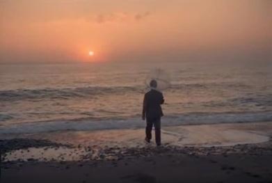 """Σκηνή από την ταινία του Νίκου Παναγιωτόπουλου """"Τα Χρώματα Της Ίριδος"""" (1975)"""